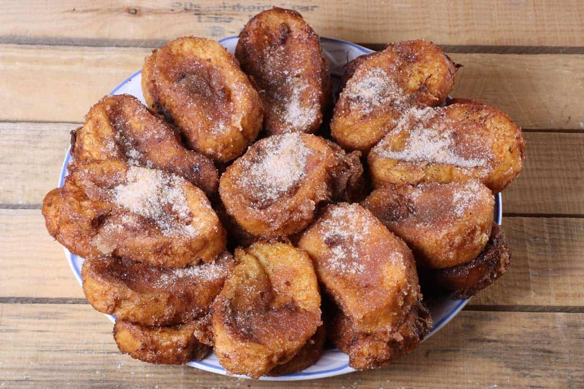 Torrejas de Pan en almíbar